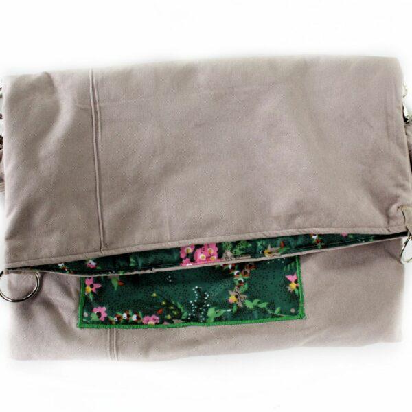 Beżowy torbo worek ręcznie szyty w wersji vintage,