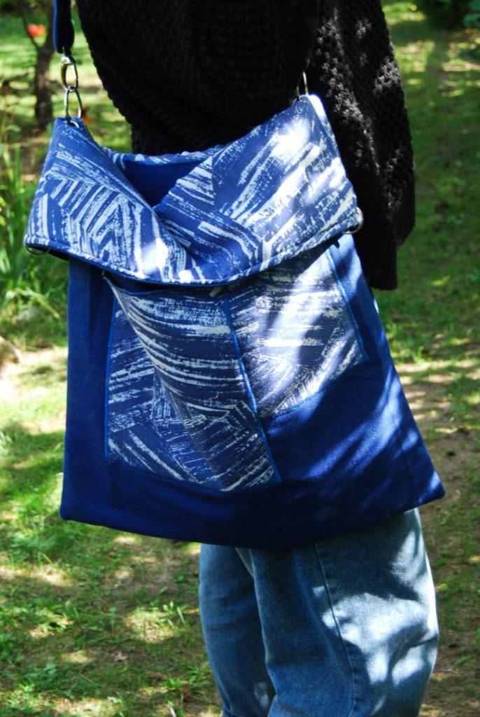 F0013DTJE torebka Niebieski jeans i niebieskie maziaje JeansME formatka