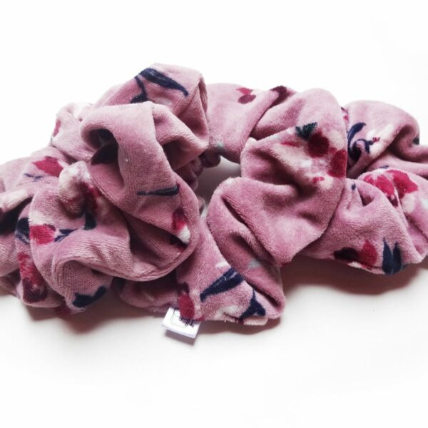 welurowe różowe frotki do włosów